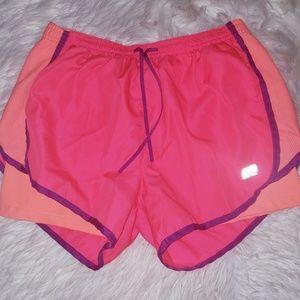 💜 4/$20  Marika shorts S